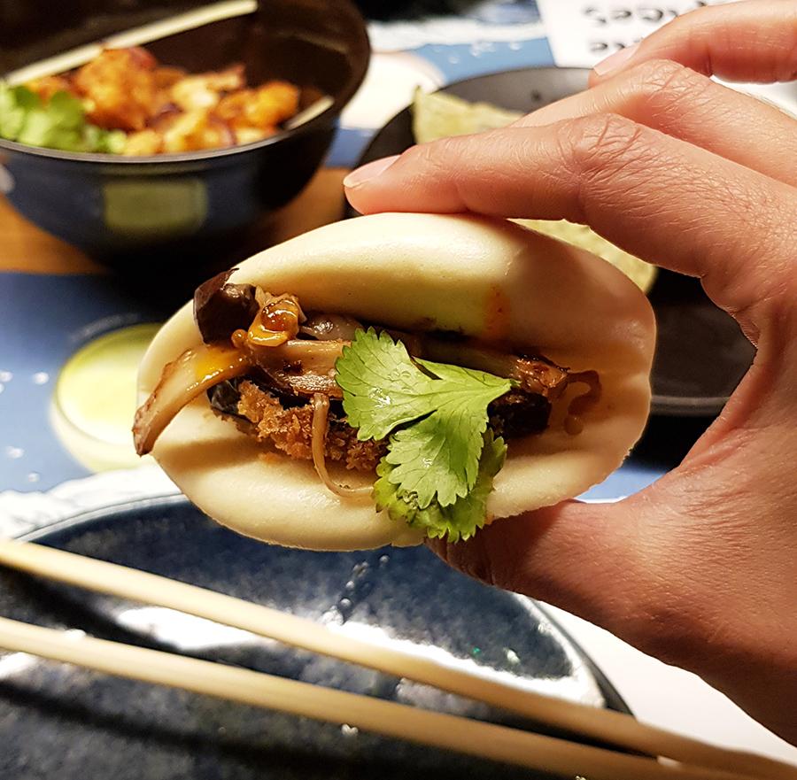 starter-buns-wagamama